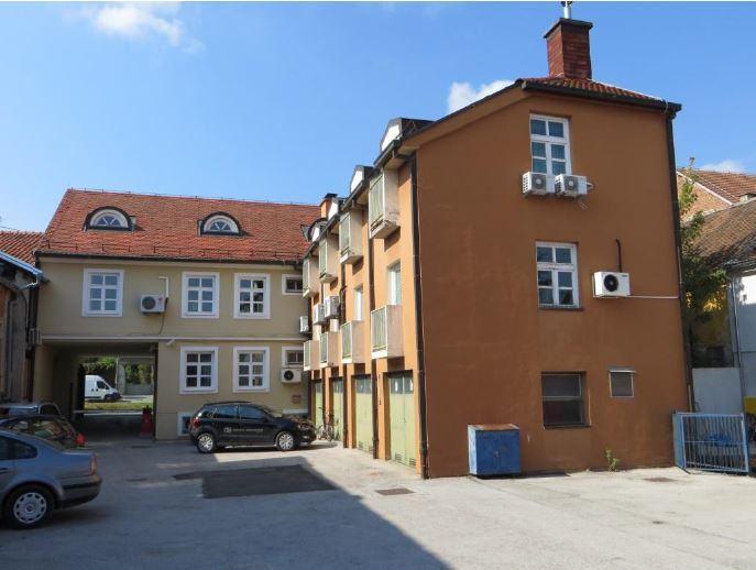 Poslovni prostor: Križevci, uredski, 470 m2 (iznajmljivanje)