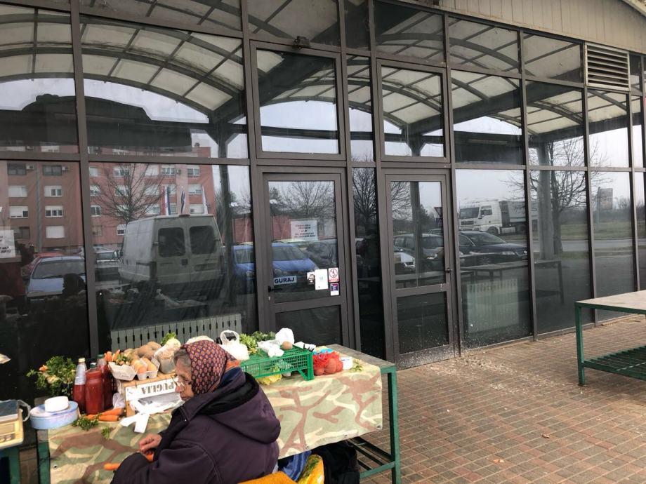 Poslovni prostor: Osijek, Jug II, ulični lokal, 45 m2 (prodaja)