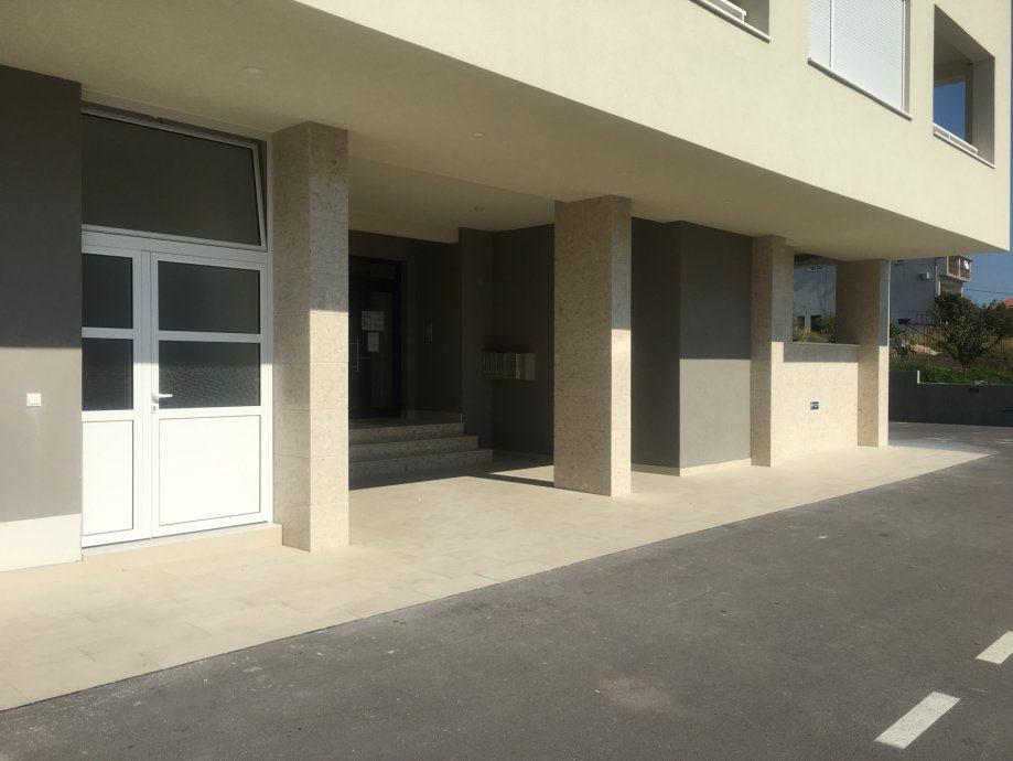 Poslovni prostor: Seget Donji, uredski, 37,30 m2 (prodaja)