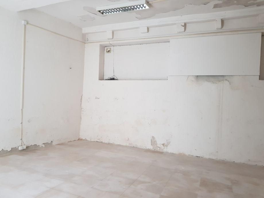 *Poslovni prostor: Šibenik, 40 m2 (iznajmljivanje)