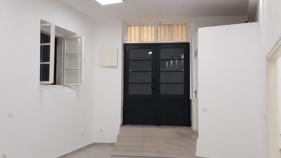 Poslovni prostor: Šibenik, višenamjenski, 65 m2 (iznajmljivanje)