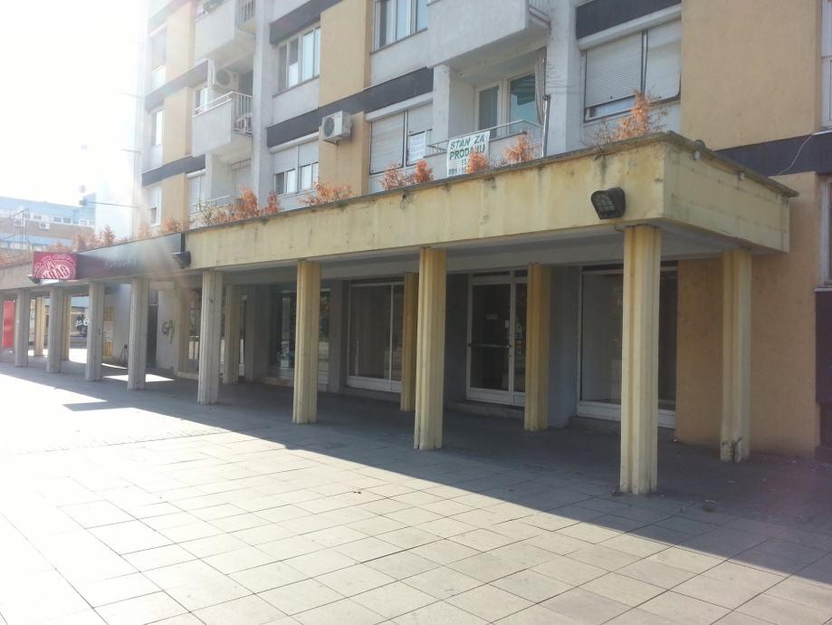 Poslovni Prostor Slavonski Brod 20 M2 Top Lokacija Korzo