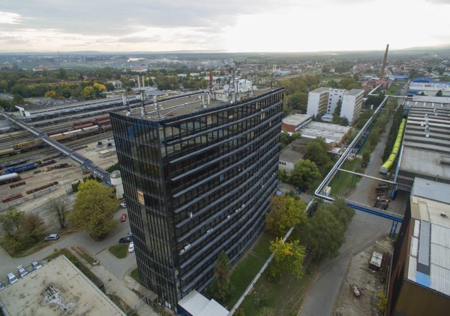 """Poslovni prostor: Slavonski Brod, zgrada """"Milovićka"""", uredski, 750 m2 (prodaja)"""
