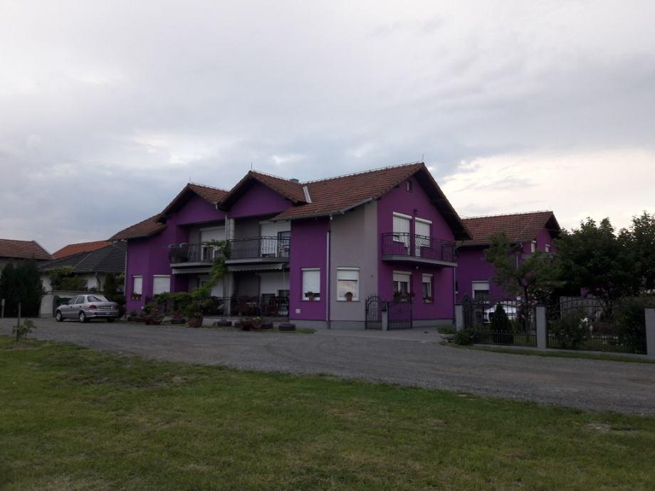 Kuća i poslovni prostor: Slavonski Brod, 700 m2 (prodaja)