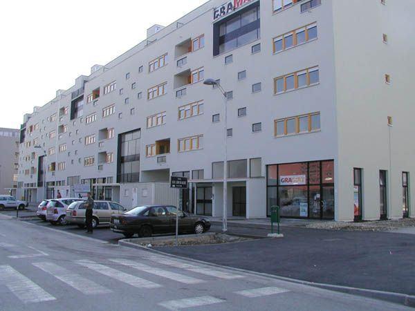 Poslovni Prostor Zagreb Spansko 61 43 M2 Pos Naselje Prodaja