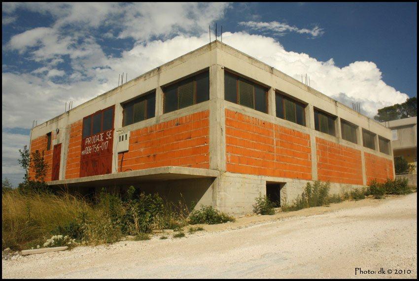Poslovno-stambeni prostor u okolici Šibenika, 256 m2 (prodaja)