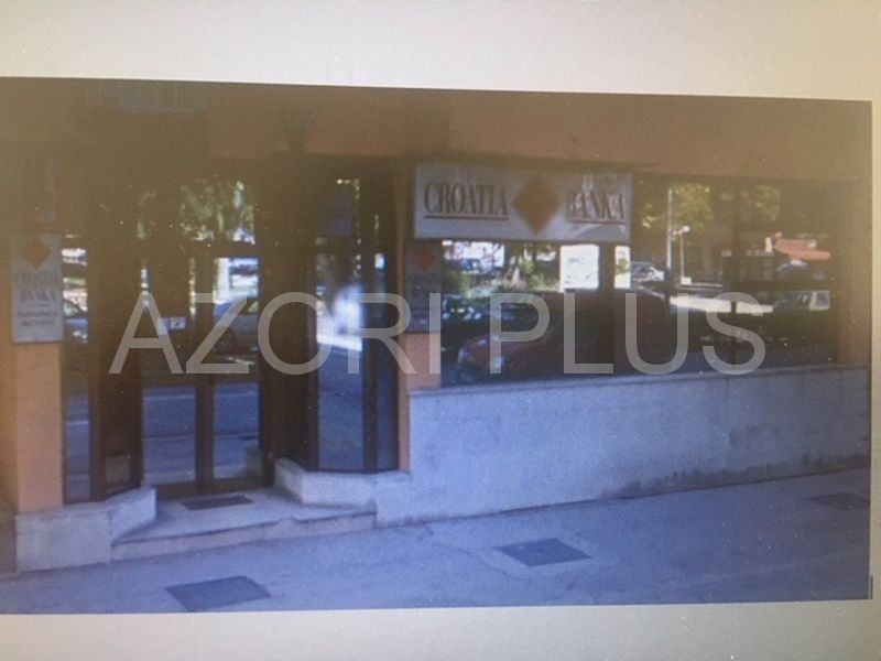 Prodaja poslovnog prostora u stambenoj-poslovnoj zgradi-130m2-Metković (prodaja)