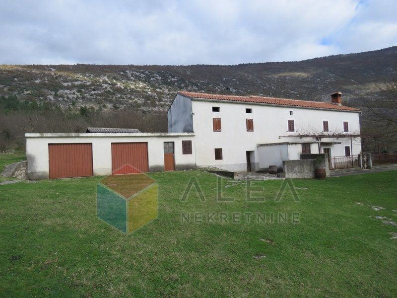 Samostojeća istarska kamena kuća na mirnoj lokaciji u podnožju Učke, 1 (prodaja)