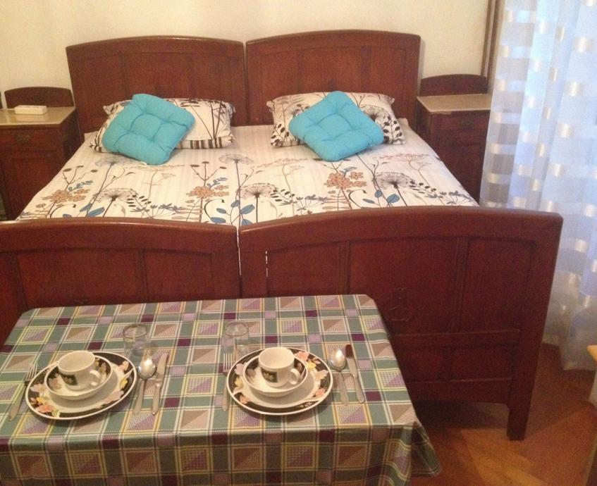 Soba u centru Splita (iznajmljivanje)