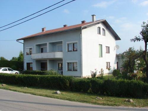 Sobe: Karlovac, Potpuno namještena, 18 m2 (iznajmljivanje)