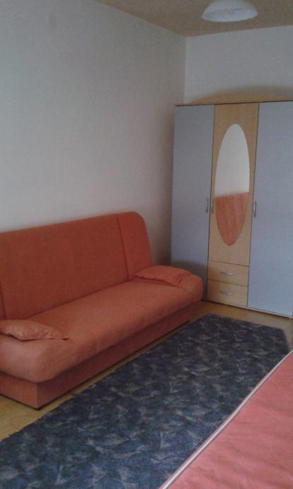 Soba: Požega, Potpuno namještena, 18 m2 (iznajmljivanje)