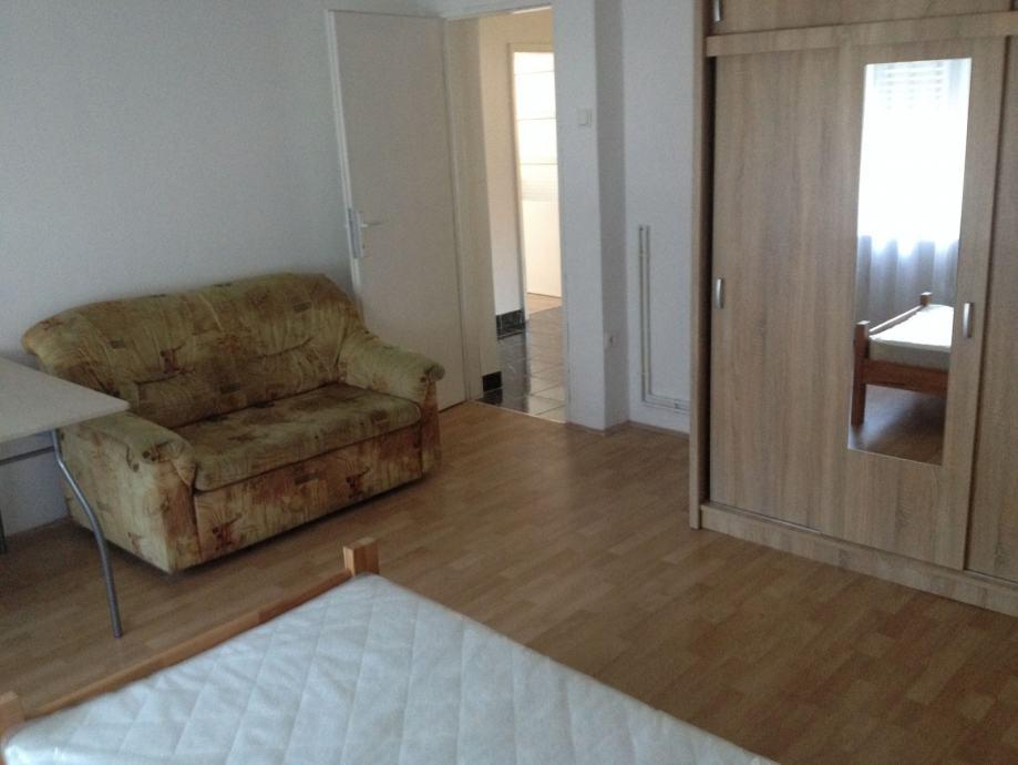 Soba: Požega, Potpuno namještena, 20 m2 (iznajmljivanje)