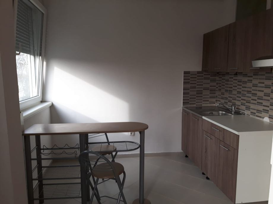 Stan: Sisak, 35 m2 (prodaja)