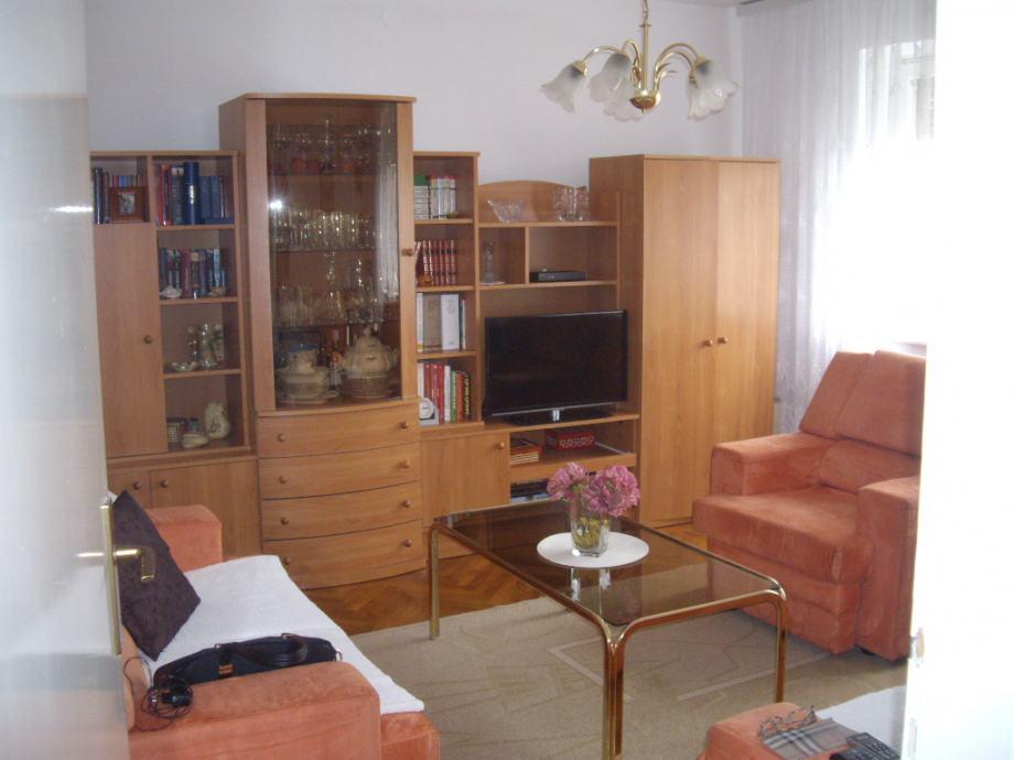 Stan: Slavonski Brod, 50 m2 (prodaja)