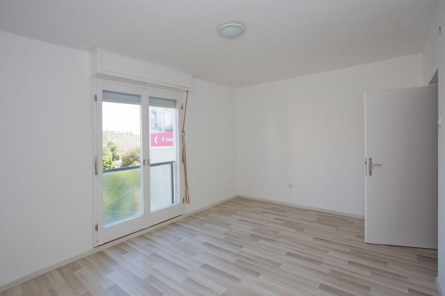 Stan: Zadar, Bulevar, 64.00 m2, Renovirano! Sniženo! (prodaja)