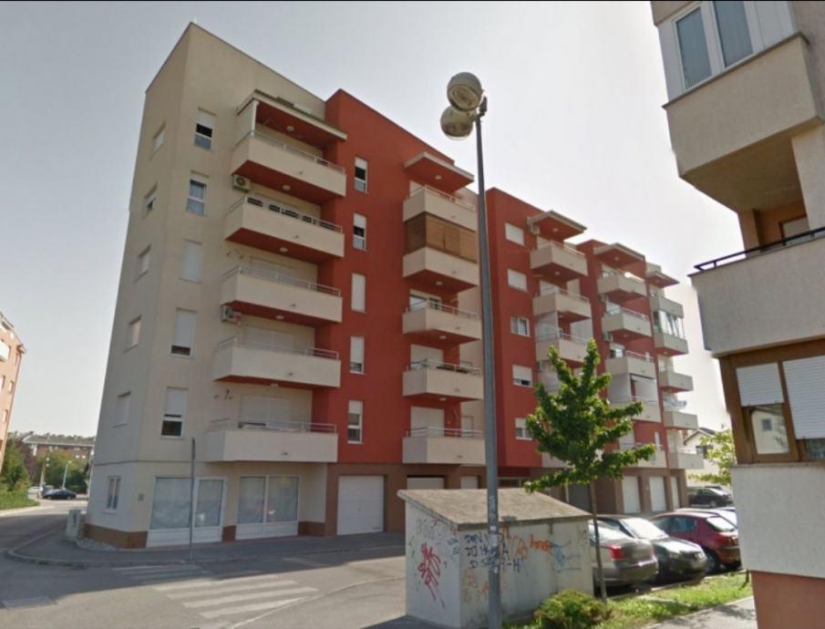 Stan Zagreb Spansko 32 00 M2 Prodaja