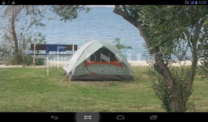 Starigrad kampiralište 1500 m2