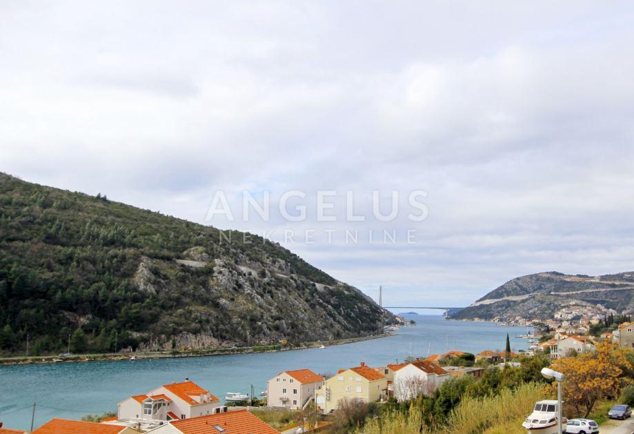 Dubrovnik, Mokošica, trosobni stan s odličnim rasporedom u naselju Naš (prodaja)