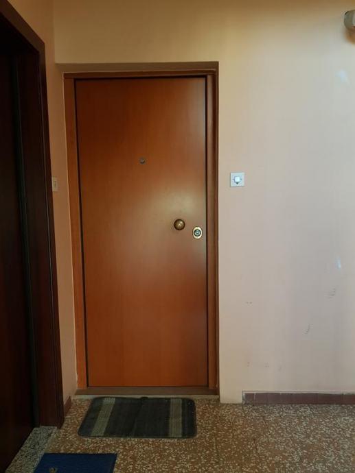 Trosobni stan: Zagreb (Travno), 64.00 m2 (prodaja)