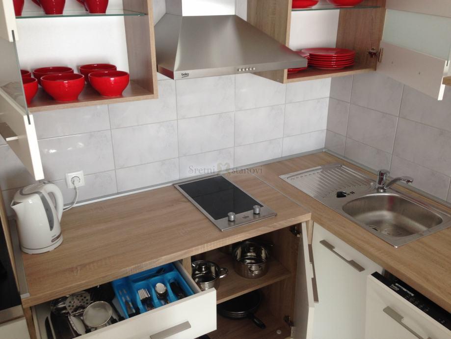 Vežica, moderan, novo uređeni stan, 1S+DB, 31 m2 (prodaja)