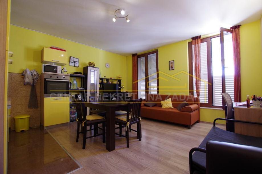 Zadar, Poluotok, stan za dugoročni najam, 40 m2 (iznajmljivanje)