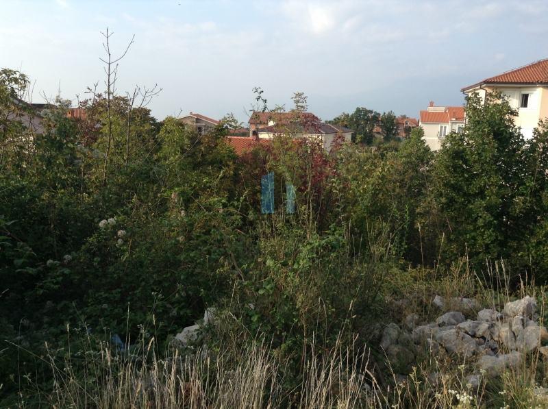 Zemljište na Zametu pogodno za višestambenu gradnju