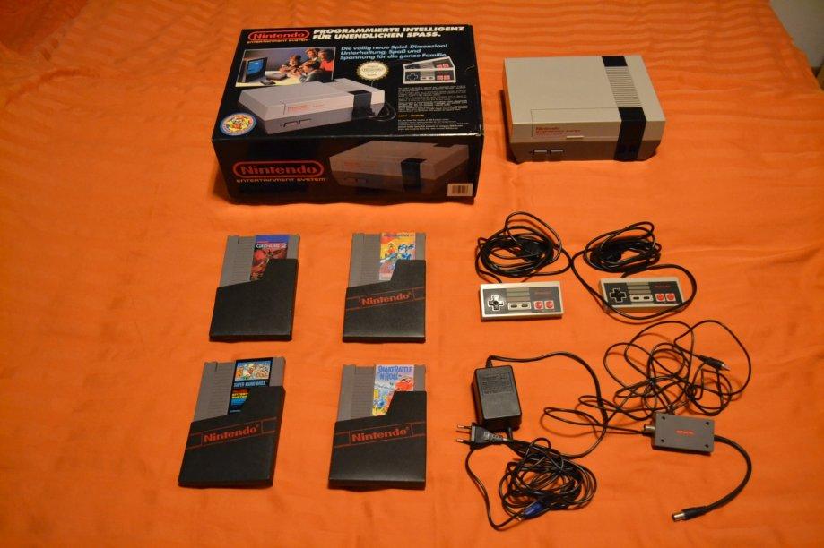 Nintendo NES konzola + četiri igre