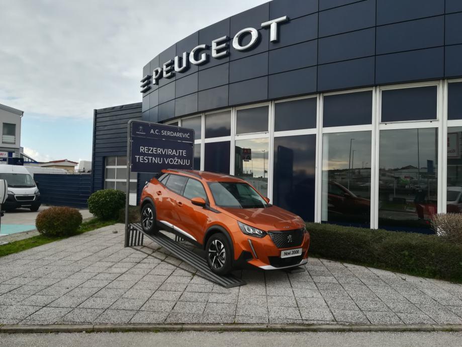 Peugeot 2008 ALLURE 1,2 PureTech automatik AKCIJA ISPORUKA ODMAH!!!