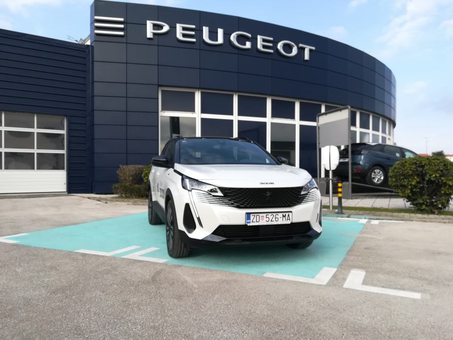 Novi Peugeot  3008  GT 1,5 BlueHDI 130ks  automatik Testno vozilo!!!