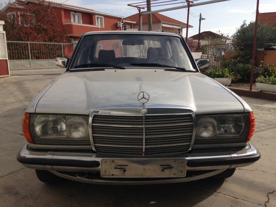 Mercedes Benz 280E iz 1979. godine, model w123