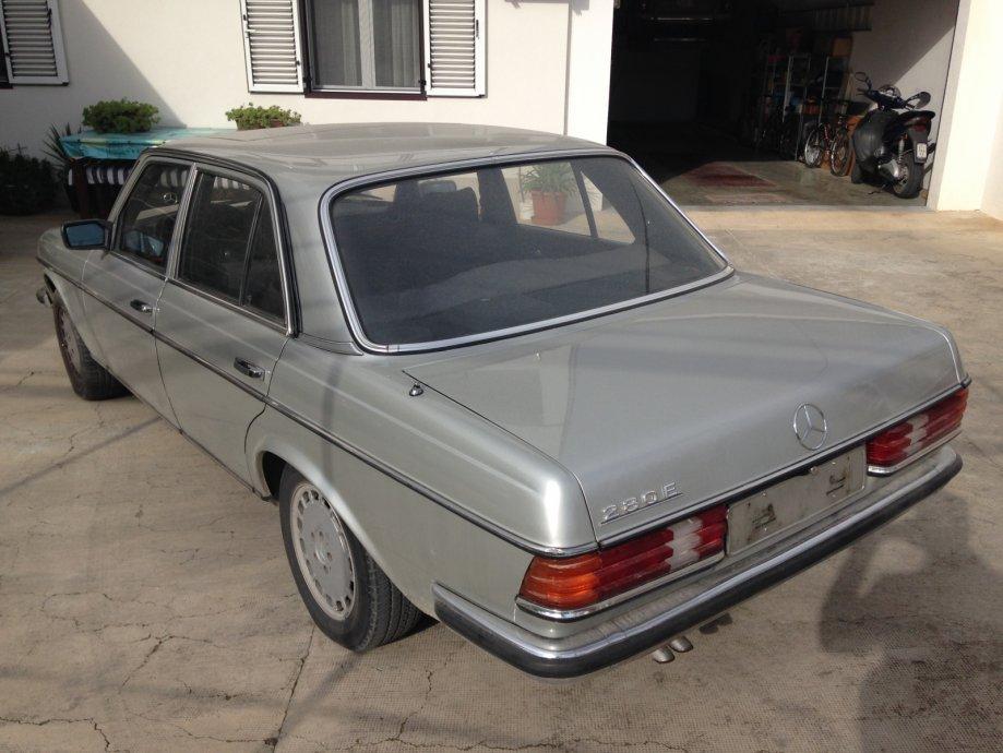 Mercedes Benz, model w123, 280E