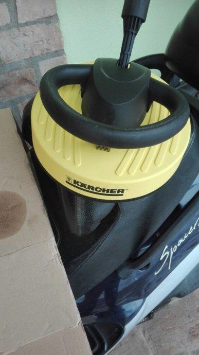 Karcher cetka sa produzecima  za pranje tepiha fasada podova