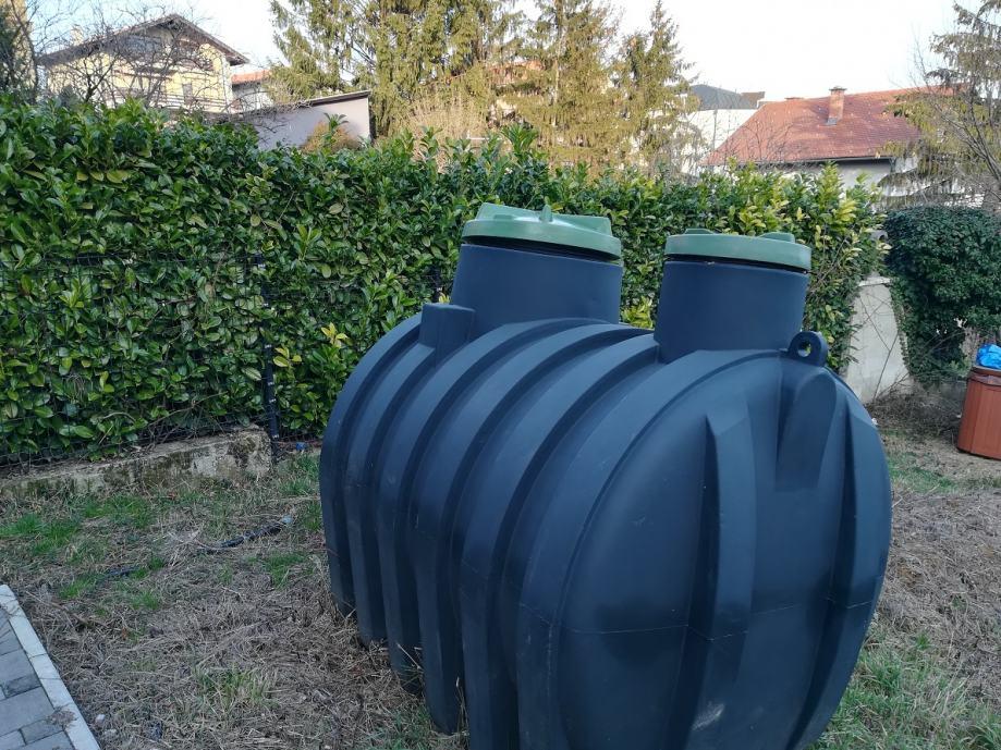 Rezervoar za vodu 3000L ležeći s filterom 600x1000mm