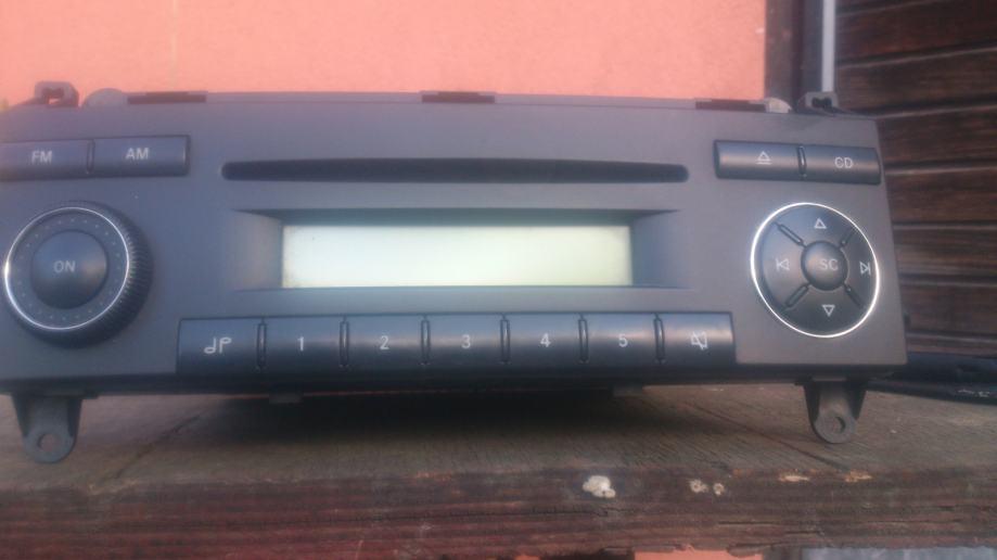 Mercedes benz sprinter radio cd player for Mercedes benz cd player