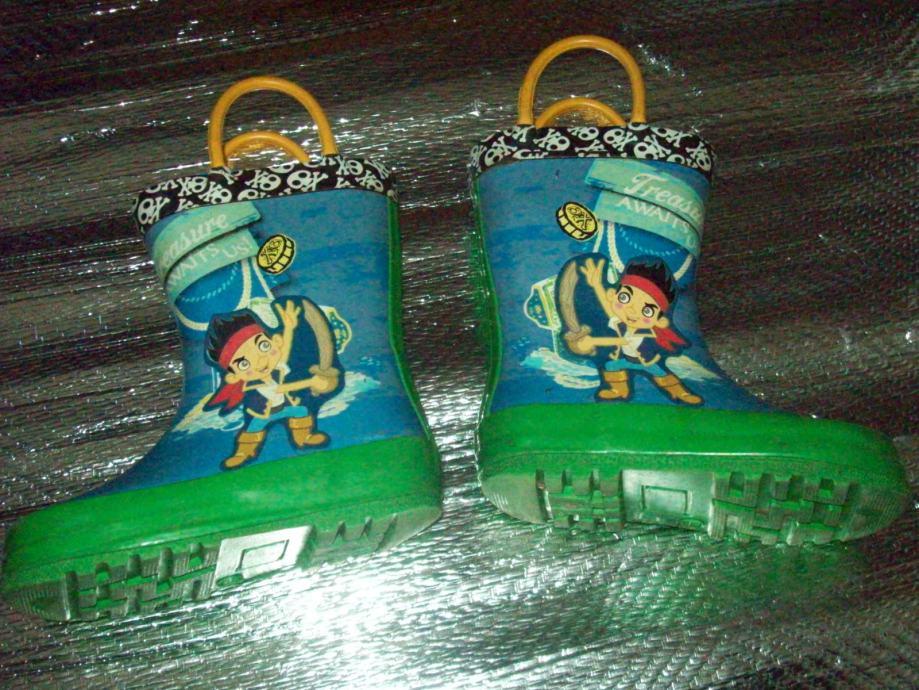 Prodajem djecje muske gumene cizme..Marke;Disney.Broj;23.