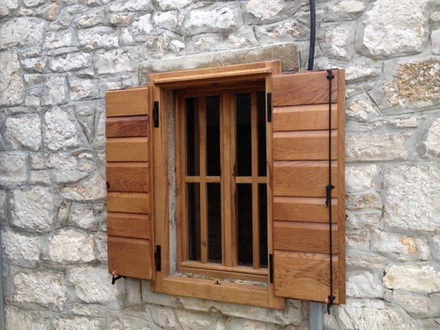Dalmatinske škure i ostala drvena stolarija