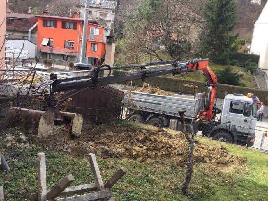 Odvoz šute / iskop / rušenje / uređenje dvorišta