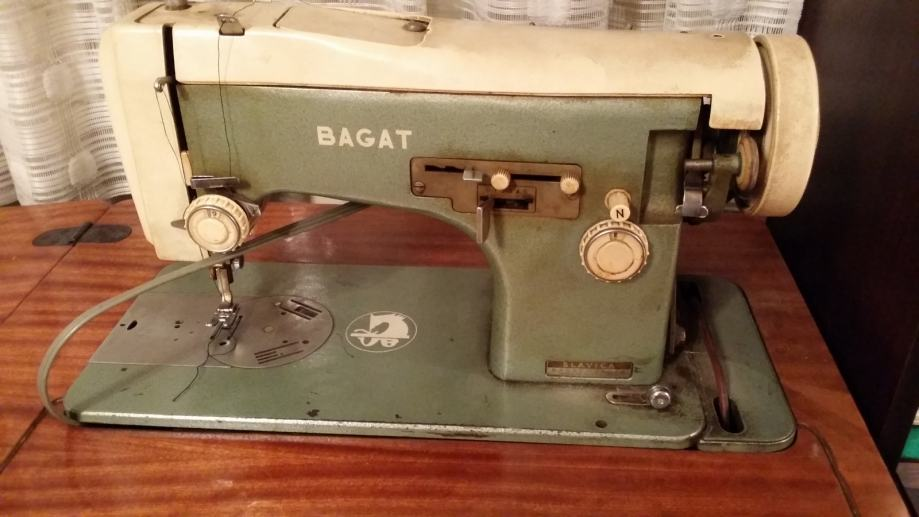Šivaća mašina Bagat Slavica sa kabinetom