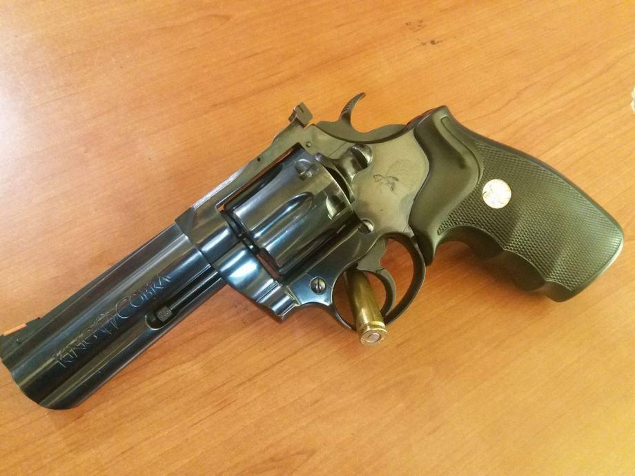 revolver Colt King Cobra