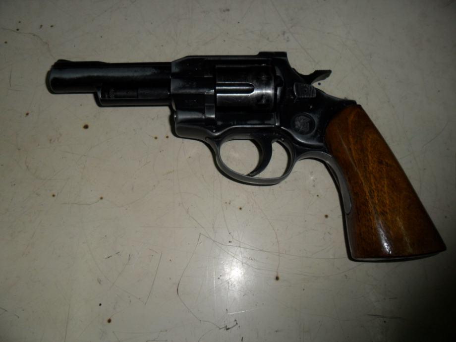 Športski revolver ARMINIUS HW-5 (4)
