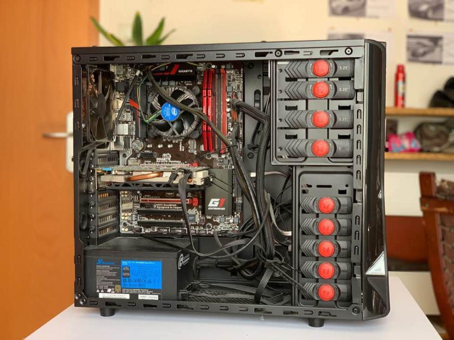 PC, i5 2.8GHz, 16GB RAM, GTX 960 OC, SSD 250 GB