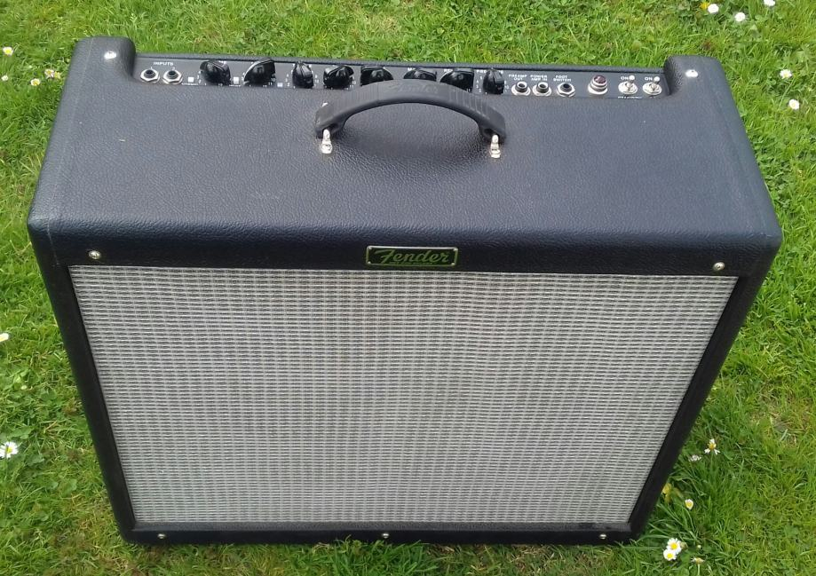 Fender Deville III combo 212 ko nov prod/mjenjam.