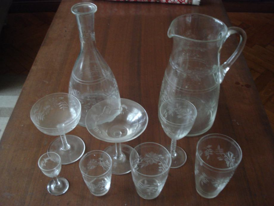 Kristalne čaše komplet