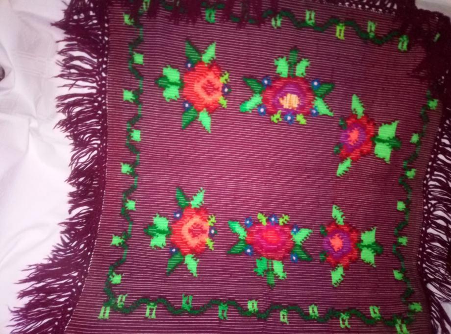 Ručno rađeni  prekrivač
