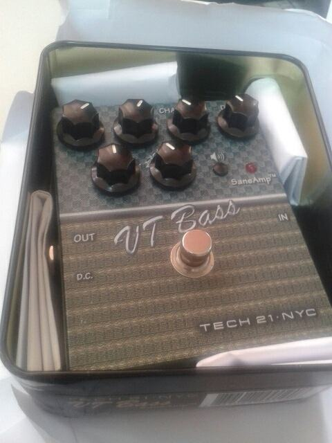 Tech 21 SansAmp VT Bass