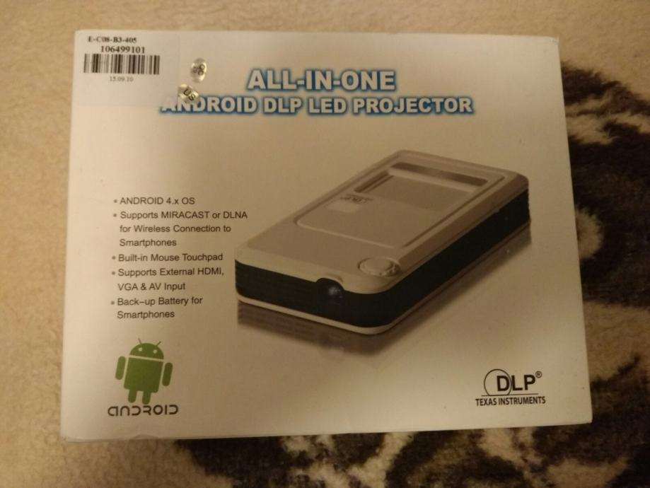 Atongm D9 Portable 2K Quad Core Android 4.2