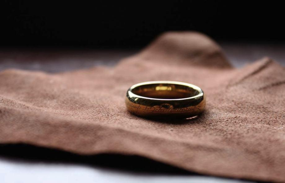 One Ring Gospodar Prstenova Sauronov Prsten - Pozlata - (KM)
