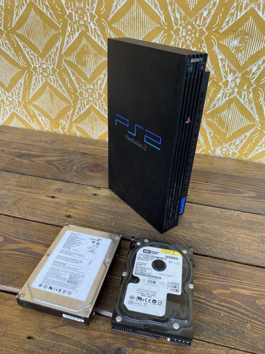 Sony PlayStation 2 fat, gratis dva hard diska #POVOLJNO#