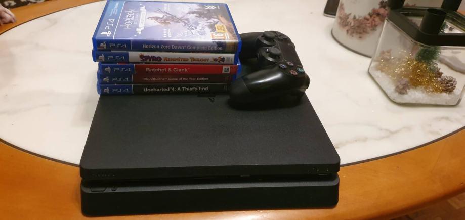 PS4 Slim 500gb + igre