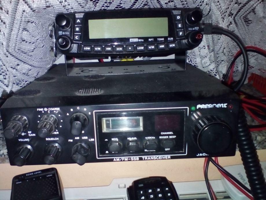 Radio-amaterska stanica